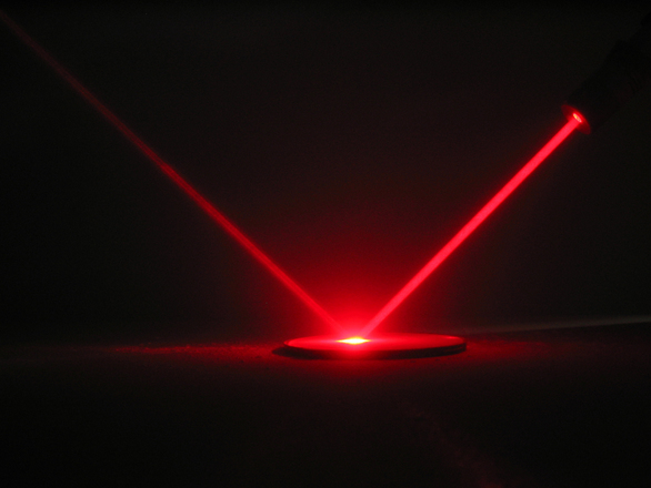 Metal mirrors are needed for laser technology